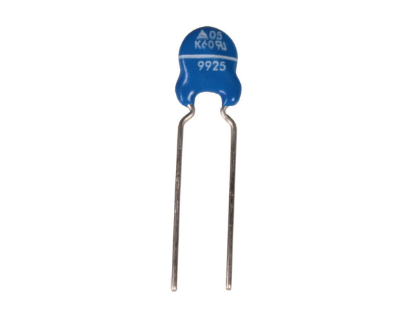 Varistor 75 V 7 mm - S07K75 (equiv.: GNR07D121K, V120ZA1, JVR7N121K, C07DK121, 09M00750K, 07M10121K)