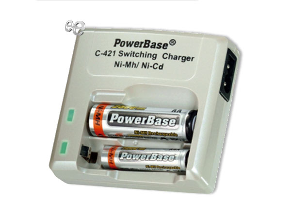 Universal quick charger for NiMH AA-AAA - batteries with 2 free AAA batteries