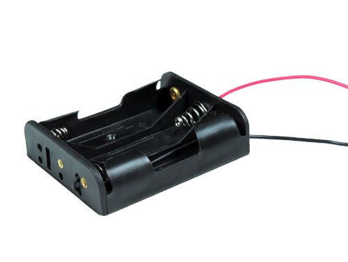 Battery holder for 3 AA batteries with cable