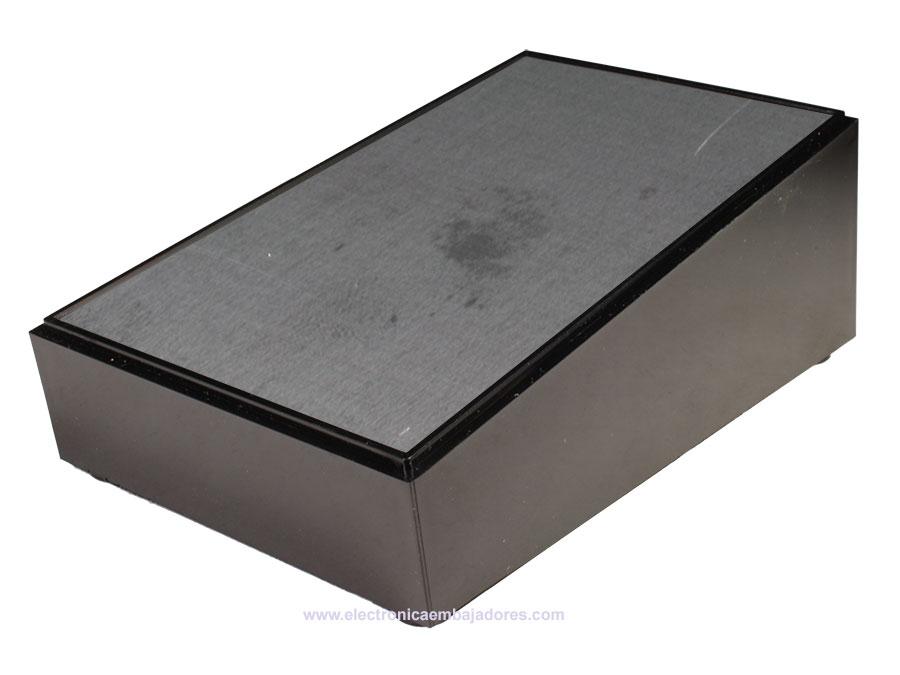 Teko PULT-10 - Caja Pupitre Plástico - 160 x 96 x 60,5 mm - 103.9