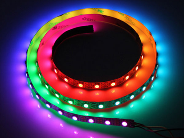 WS2812B - Fita de LEDs Digital Autoadesiva RGB - 30 LEDs por Metro - Equivalente: Neopixel - 1 m - 104990000