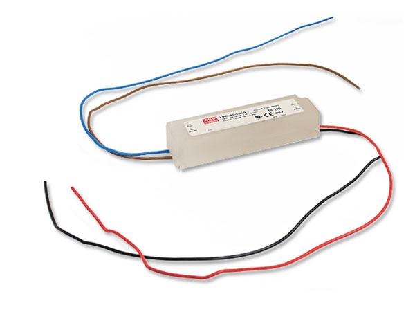 Mean Well LPC-35-700 - Driver LED Corriente Constante - 35 W - 700 mA