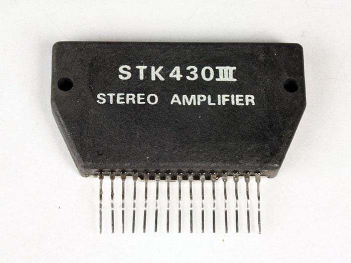 STK430 - Amplificador de Potência Estéreo 5 W